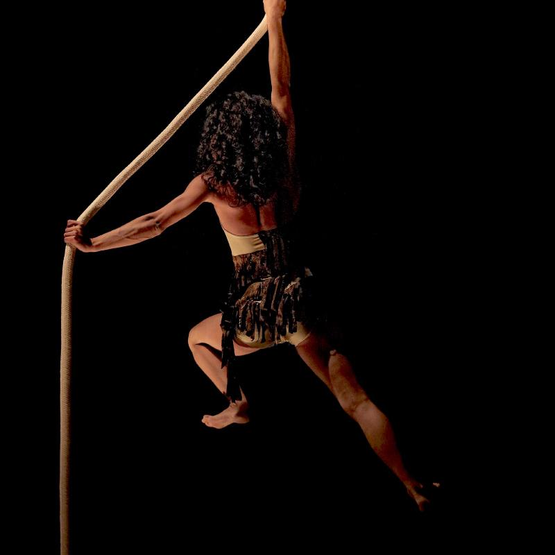 figura ballerina su fune
