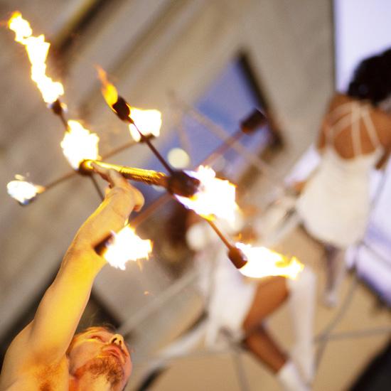 performance con fuoco